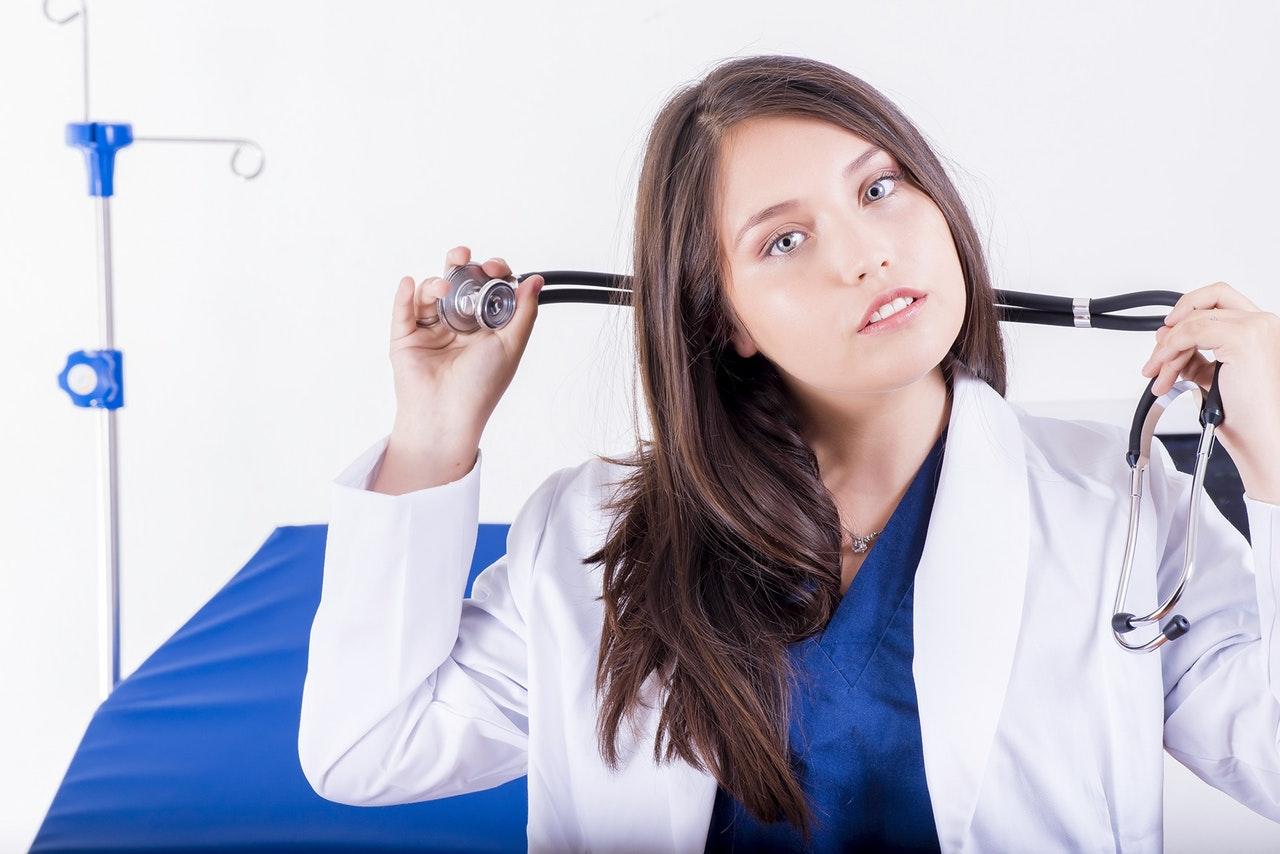 デリケートゾーンの黒ずみを解消する皮膚科や美容外科での治療法!